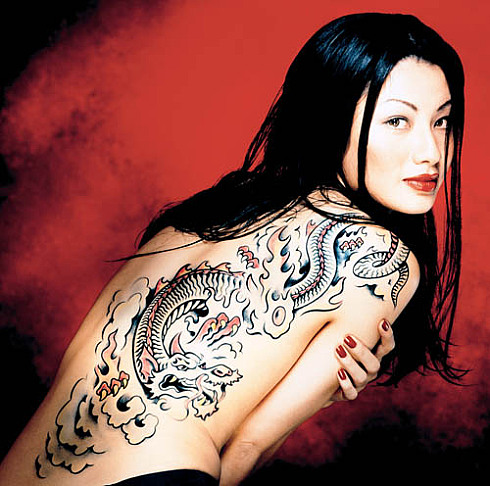 ... of maori tattoos or chaotic asymmetry of some european artists